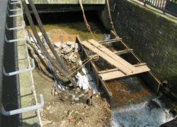 Schachtung der zweiten Seite, Umleitung des Wasser durch Provisorium